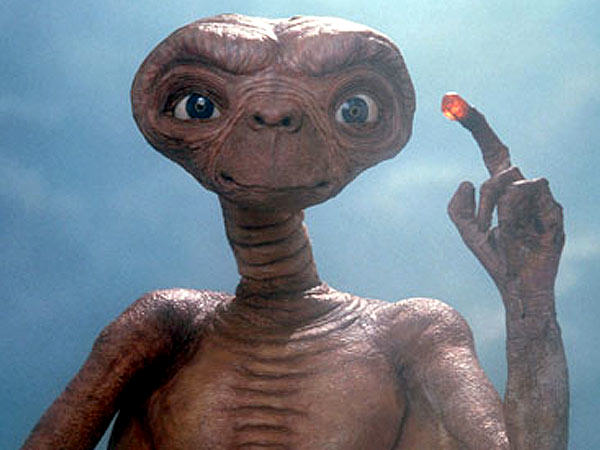 Scientist Claims Aliens Exist And Look Like Humans et 600x450