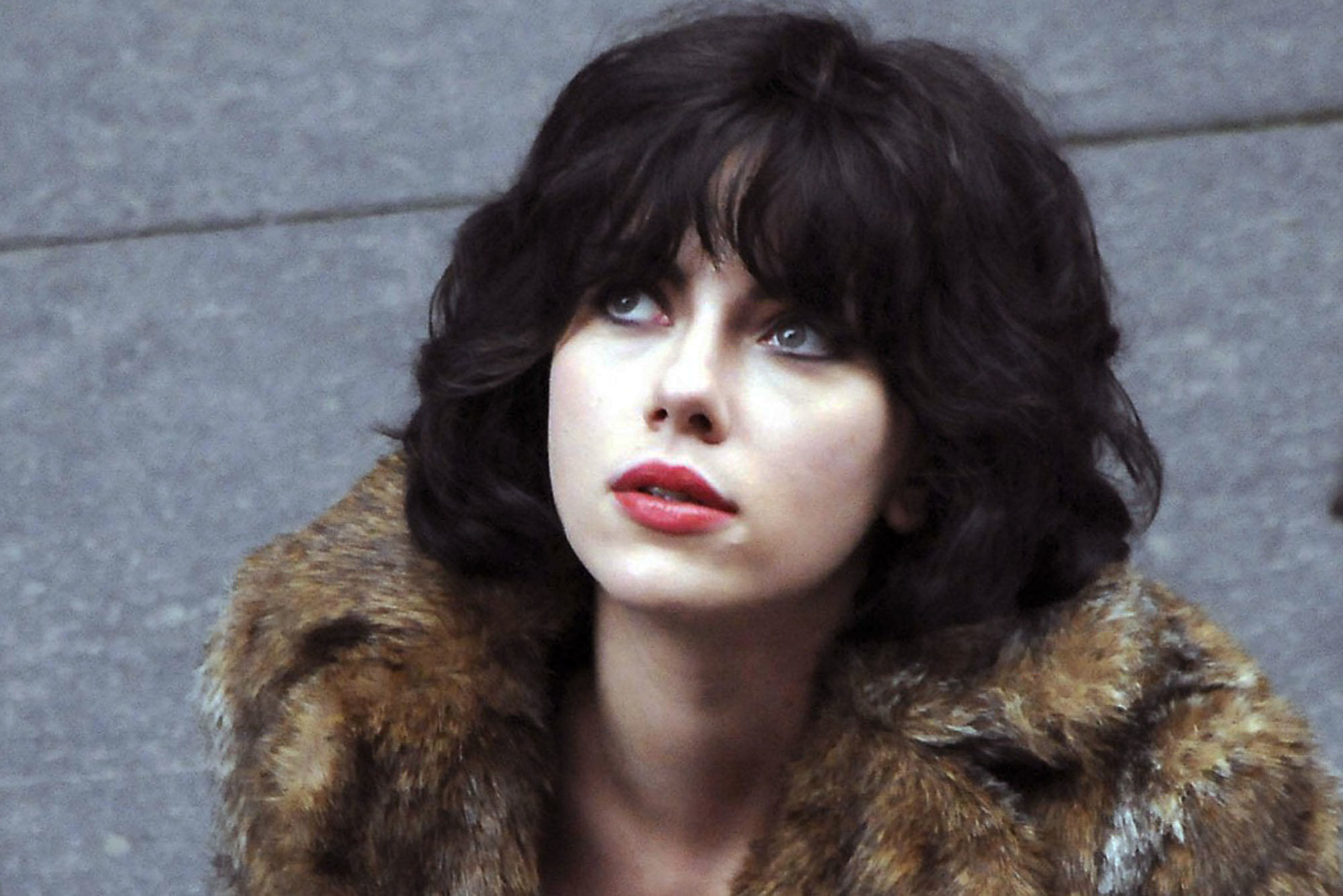 Scientist Claims Aliens Exist And Look Like Humans film review under the skin 1