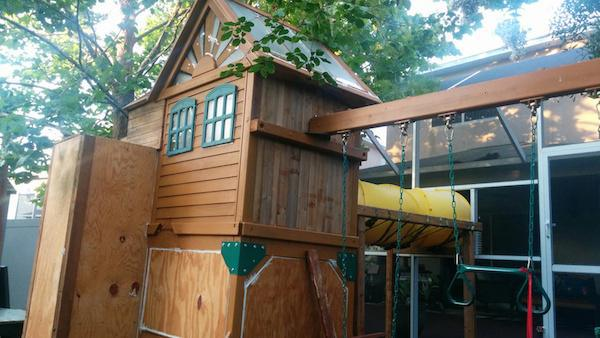 Creative Dad Turns Playset Into BADASS Fort fort5
