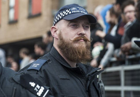 Police Will Have To Shave Or Wear Beard Nets Under New Dress Code hipster cop WEB