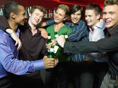Men Need Nights Out With The Lads   Scientists Say So iF6uenlId1.jpg