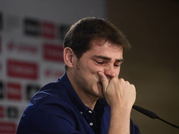 This Transfer Window Begs The Question, Is There Any Loyalty In Football? iker cry
