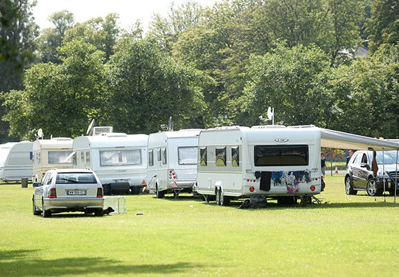 Super Rich Riviera Gipsies Made To Leave Swansea After Coming From Monaco For Holiday rivera web1