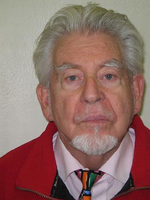 Rolf Harris Is Secretly Trying To Compensate His Alleged Victims rolf harris 1