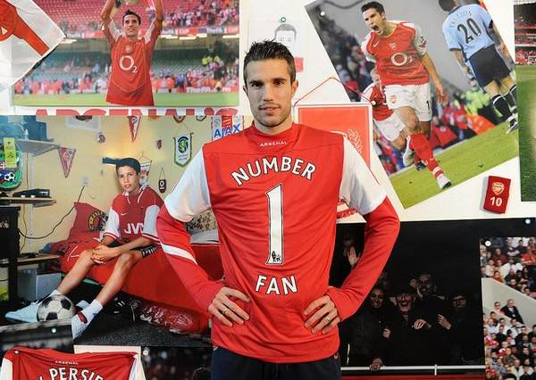 Five Of The Most Controversial Transfers Of The Last Decade rvp4 600x426