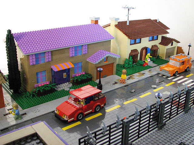Someone Recreated Springfield With LEGO And Im Nerding Out simpsons