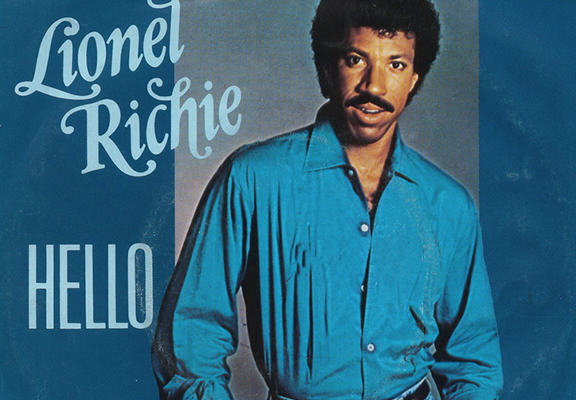 Lionel Richies Hello Without Music Is Seriously Creepy DNQR2TxpFriche web.jpg