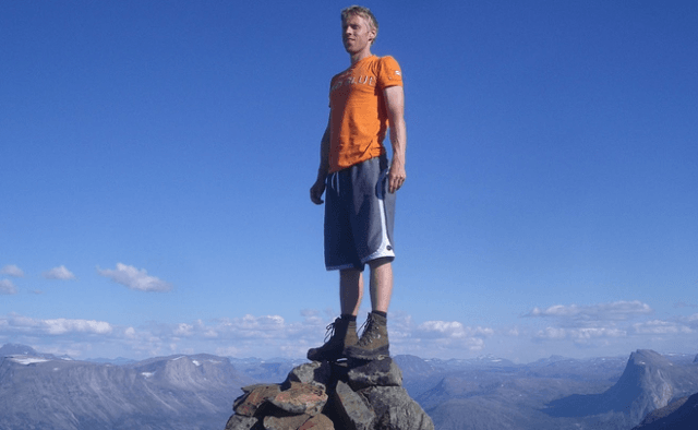 This Guy Is The Youngest To Ever Visit Every Single Country In The World UNILAD 14