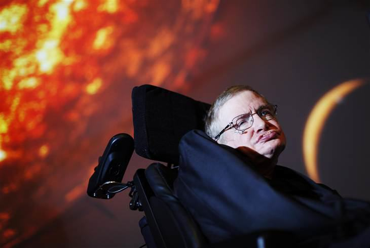 2D11437639-140127-coslog-hawking.blocks_desktop_large