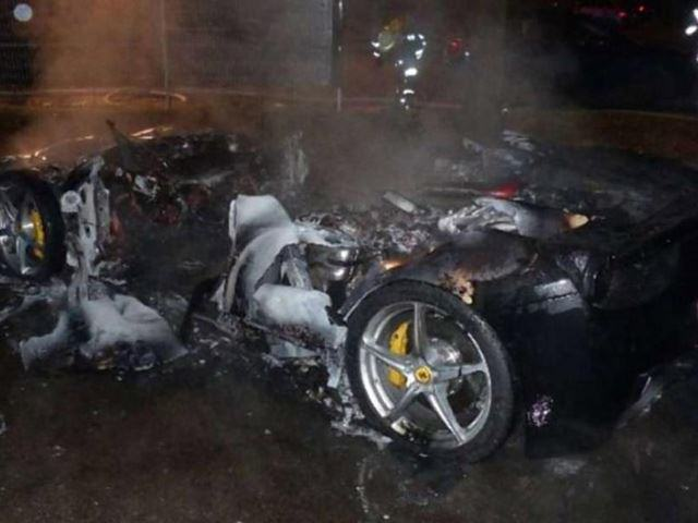 This Guy Torched His Ferrari So Daddy Would Buy Him A New One UNILAD Burnt car3