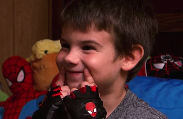 Boy Goes On Campaign To Get Everyone Smiling, After Tragic Death Of Both Parents UNILAD CBS News7