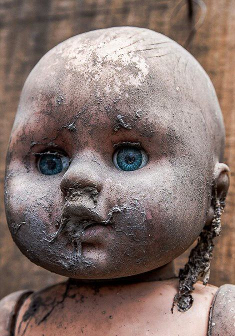 These Photos From Mexico's Haunted 'Island Of The Dolls' Are Extremely Creepy UNILAD GC27KA6x31