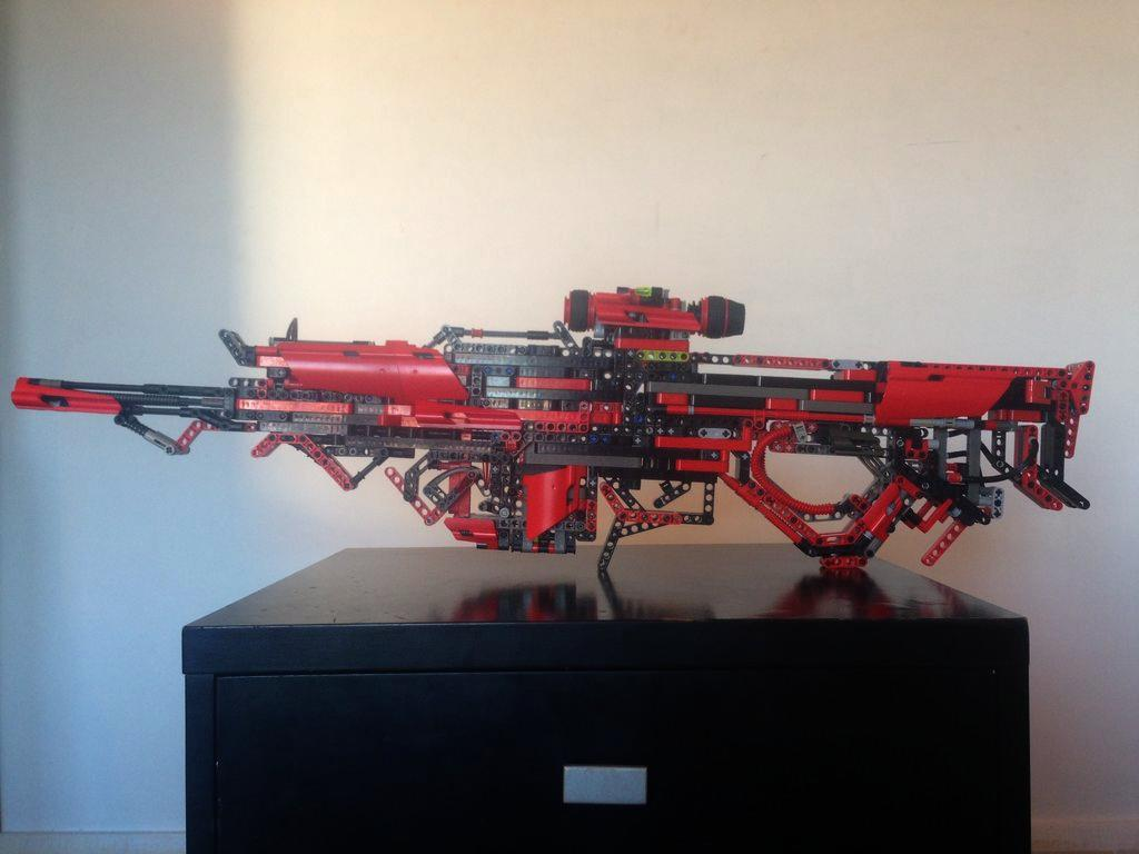This Guy Created A Fully Working Gun Out Of Lego UNILAD HcoIOZ17