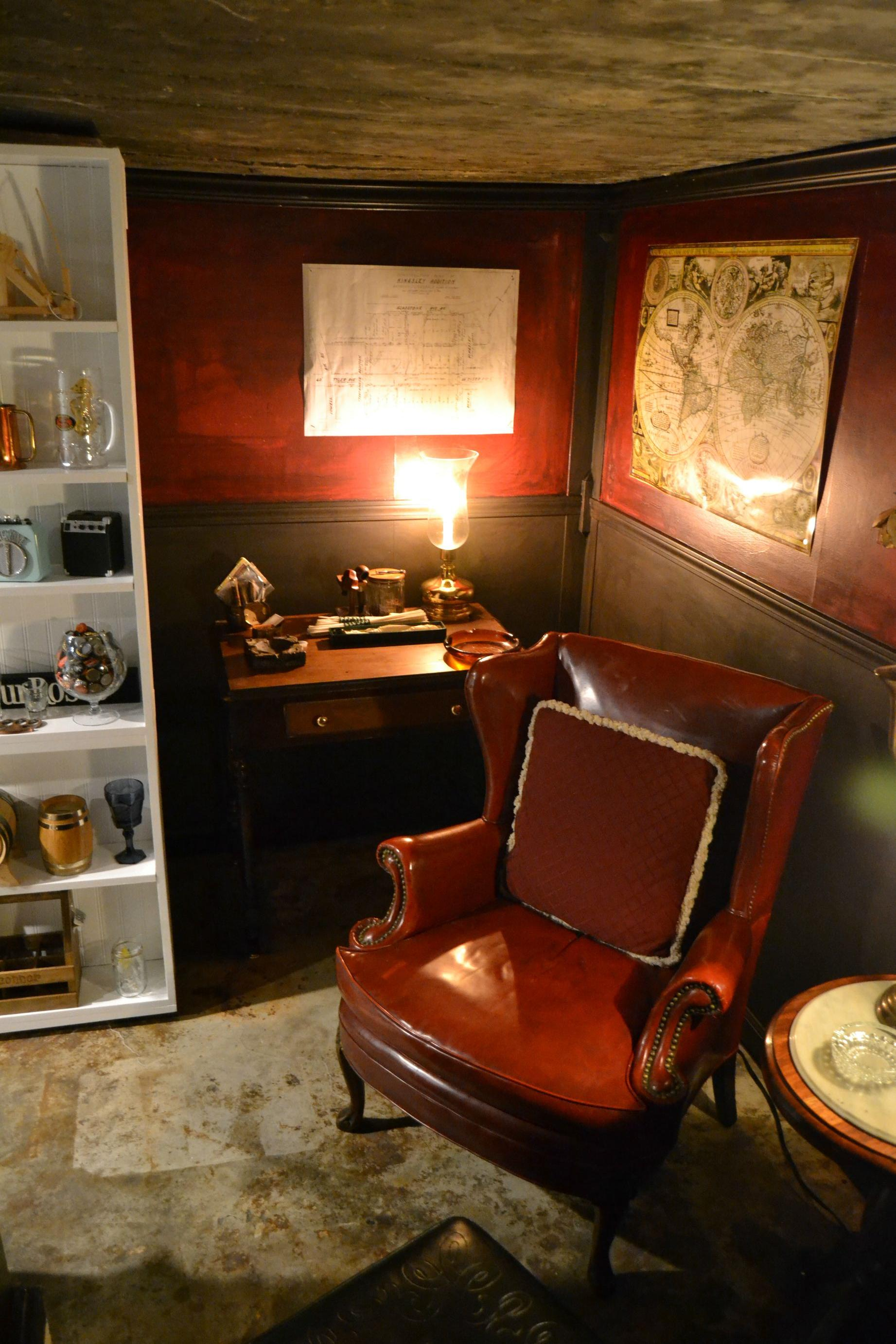 This Guy Built The Ultimate Room Behind A Secret Bookshelf