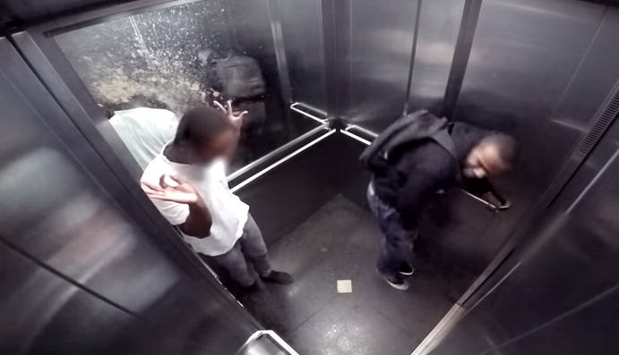 Prankster Pretends To Spray Diarrhoea On People Trapped In Lift UNILAD Screen Shot 2015 08 13 at 14.14.063