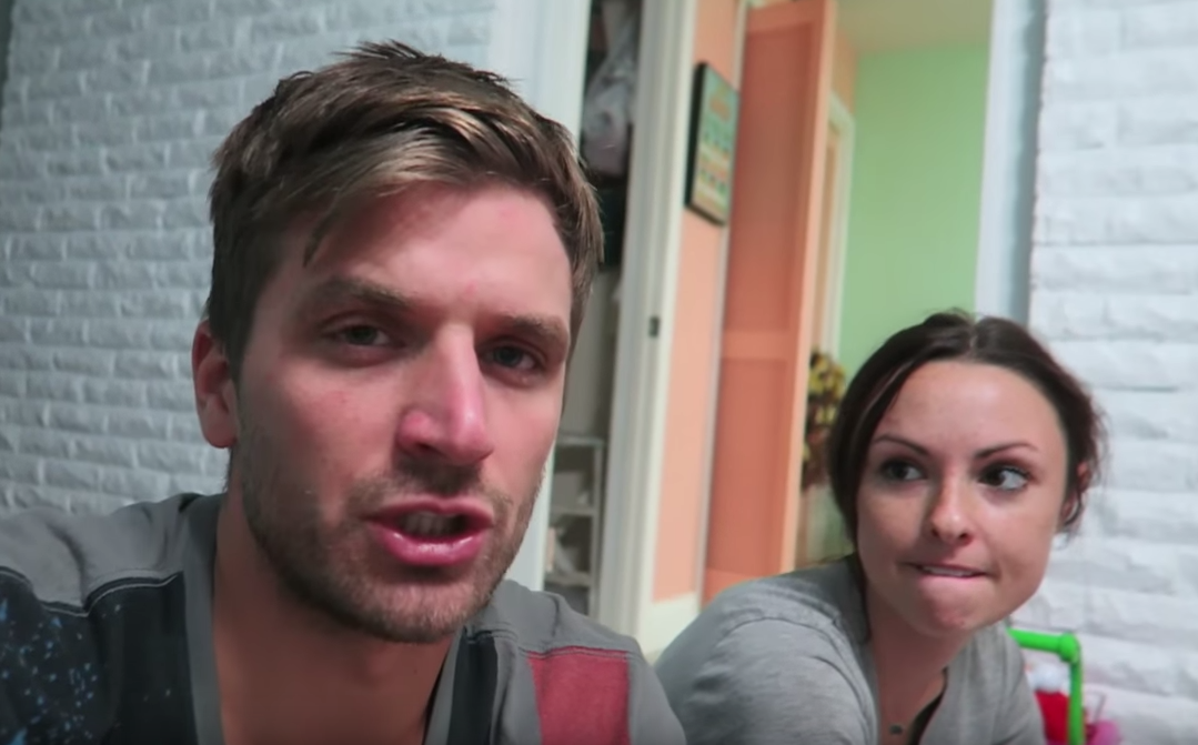 The Viral Pregnancy Couple Say Their Videos Were Staged, By God UNILAD Screen Shot 2015 08 19 at 11.02.134