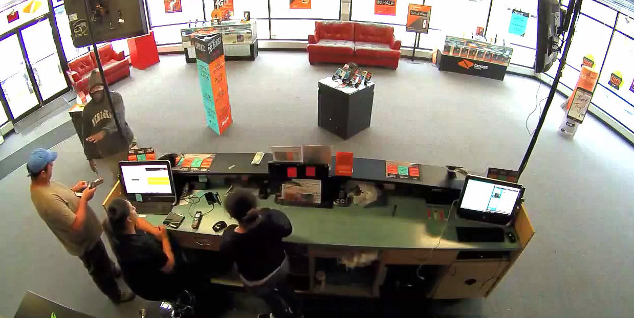 Man Holds Up Store With Gun, But Refuses To Take Customer's Money UNILAD Screen Shot 2015 08 26 at 17.09.223