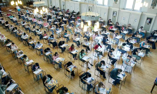Thousands Of Students May Receive Incorrect A Level Grades UNILAD a level results 25