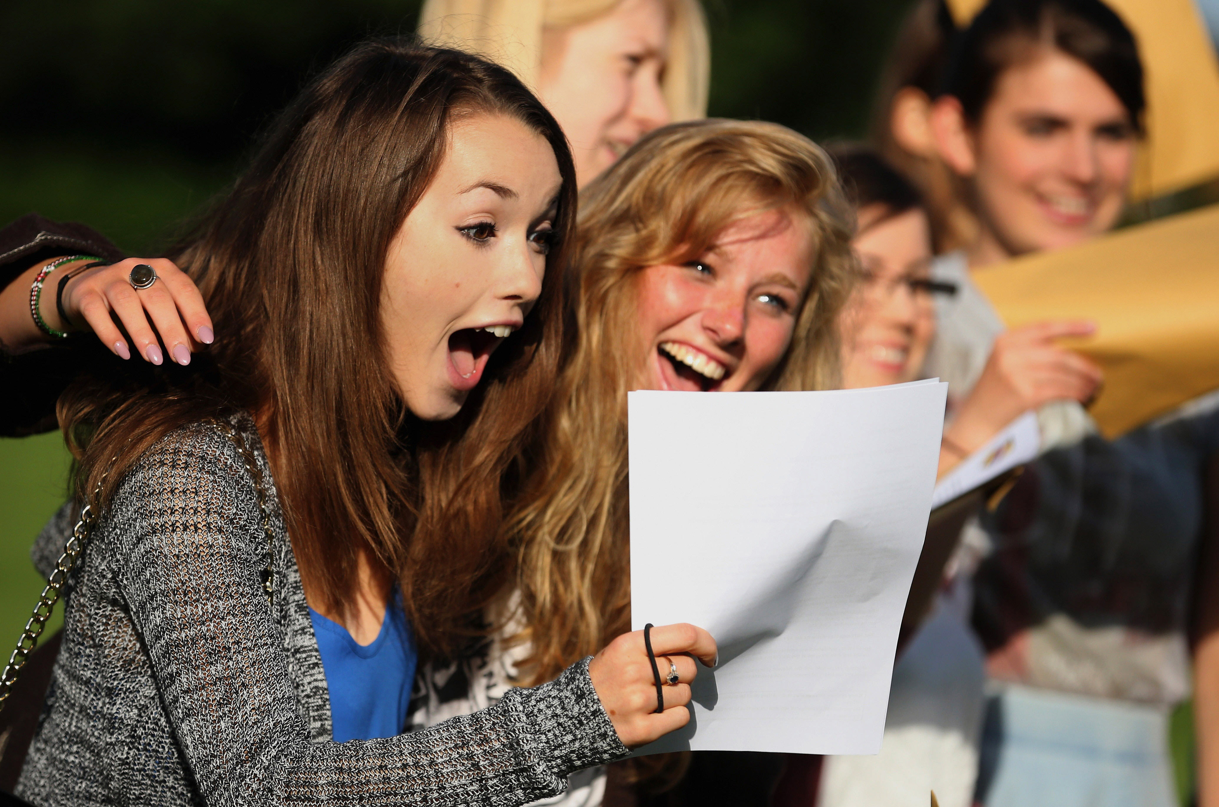 Emotional A Level Students Take To Twitter During Results Day UNILAD ay116285399manchester engla8