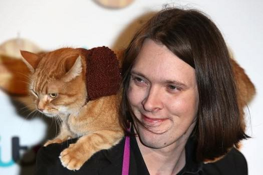 This Cat Saved His Owner From A Life Of Addiction And Homelessness UNILAD bob8