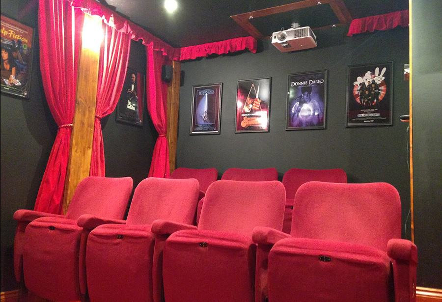 This Guy Transformed His Shed Into The Coolest Cinema Room Ever UNILAD cinema shed 22