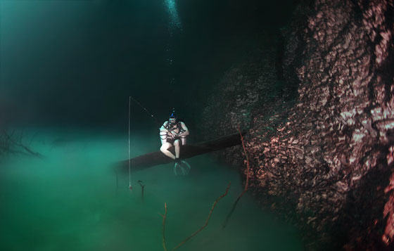 Diver Discovers Incredible Underwater River In Mexico UNILAD diver8