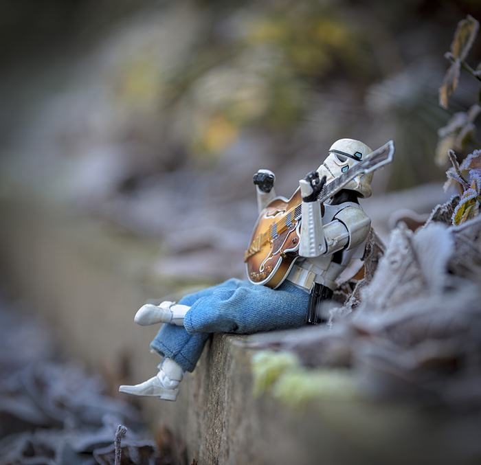 Awesome Photos Imagine What Stormtroopers Get Up To On Their Days Off UNILAD guitar6
