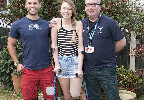 Brave Leah Washington, Who Lost Her Leg After The Smiler Crash, Speaks Out For The First Time UNILAD leah33