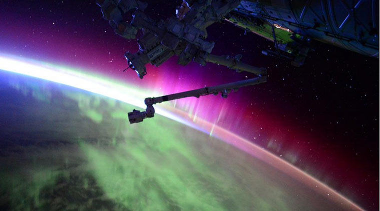 Brilliant Timelapse Footage Shows Northern Lights From Space UNILAD northern lights 26