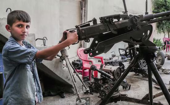 This Primary School Lad Repairs Sniper Rifles For Soldiers Fighting ISIS UNILAD omer 12