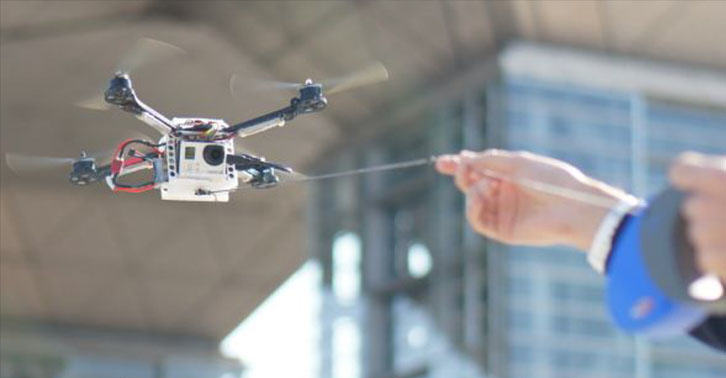 The Pet Drone Now Exists And Will Change The Selfie Game, Great... UNILAD pet drone WEB 27