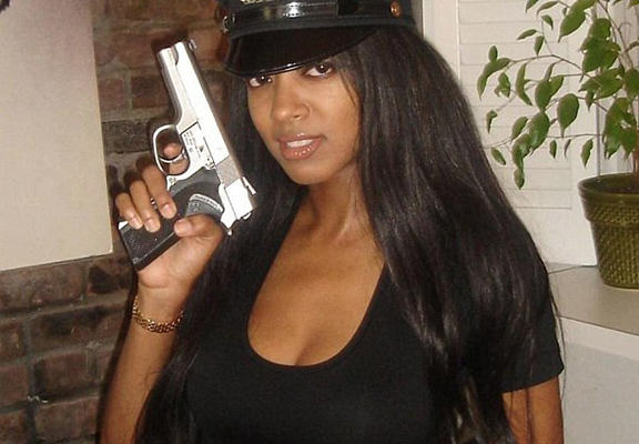 Former Playboy Girl Says NYPD Is Purposely Denying Her A Gun License UNILAD poll web4