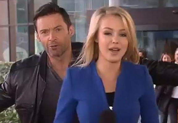 Hugh Jackman Beats Any Previous Photobombing Attempt During Australian News Show UNILAD rNDyufX