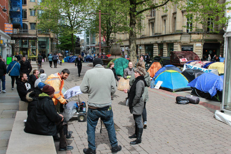 Manchester Ban Homeless People From Sleeping In Tents UNILAD sKfHbQj