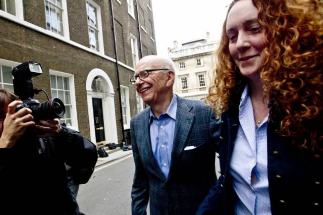 Rebekah Brooks Set To Comeback One Year After Being Cleared Of Phone Hacking UNILAD scum2 640x426