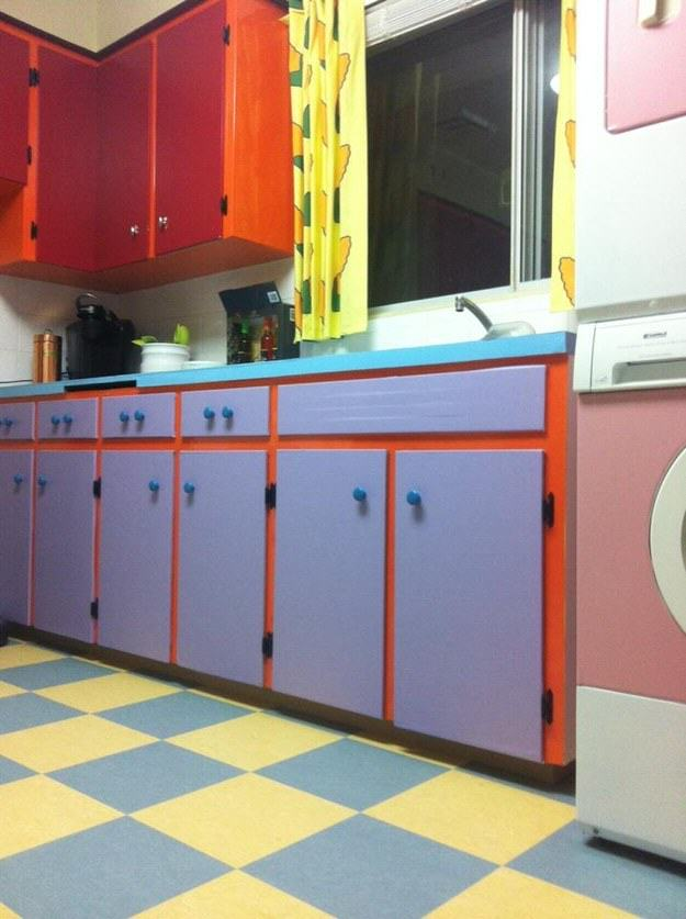 This Couple Transformed Their Kitchen To Look Like The One In The Simpsons UNILAD simpsons kitchen 34