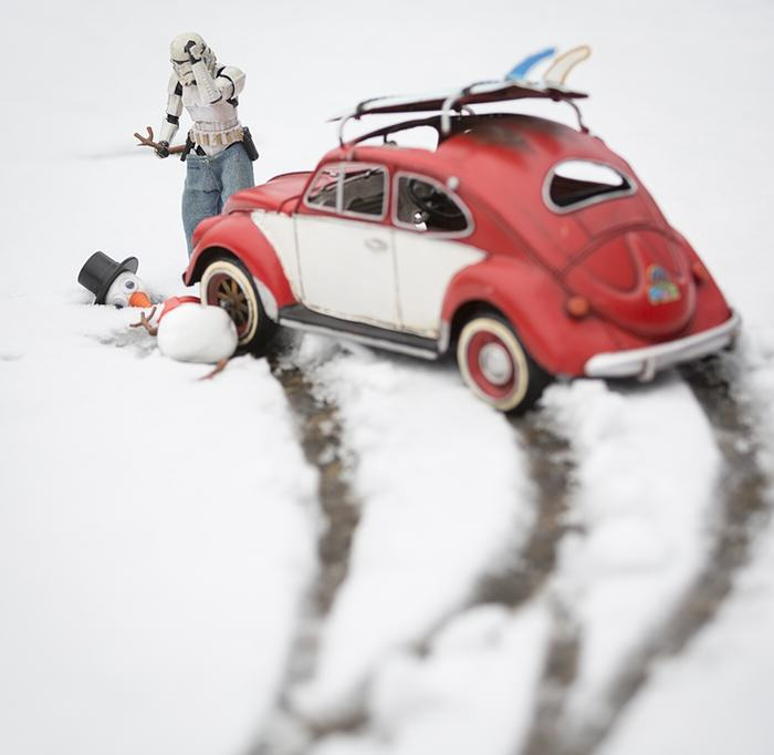 Awesome Photos Imagine What Stormtroopers Get Up To On Their Days Off UNILAD snowman5