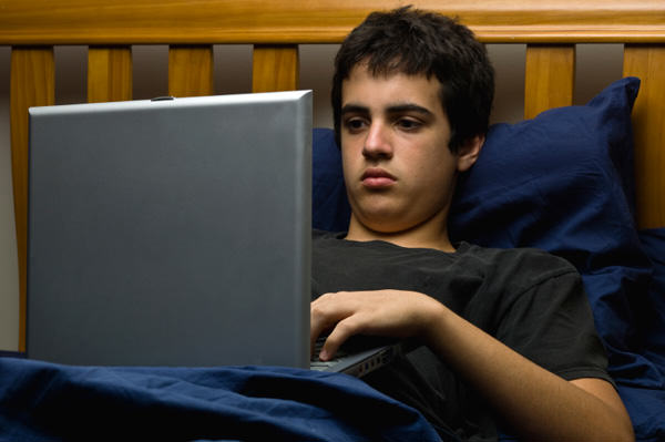 Two Hours Of Social Media Per Day Linked To Depression In Teenagers UNILAD social media 25
