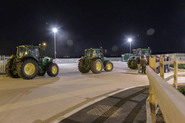 Farmers Block Tesco Delivery Trucks With Their Tractors To Protest Milk Imports UNILAD tesco blockade 48