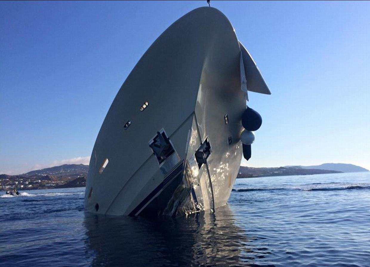 This Incredible £4 Million Yacht Just Sunk And Is Now Destroyed UNILAD yacht sink 34