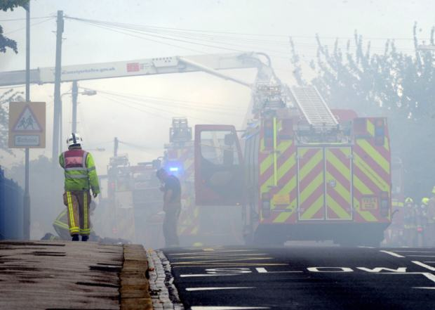 Massive Fire Rips Through School As Kids Collect GCSE Results UNILAD yep 25
