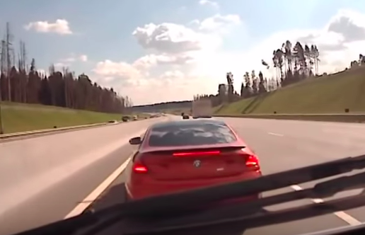 Moment BMW Driver Stops In Front Of Speeding Ambulance Screen Shot 2015 09 23 at 15.06.37