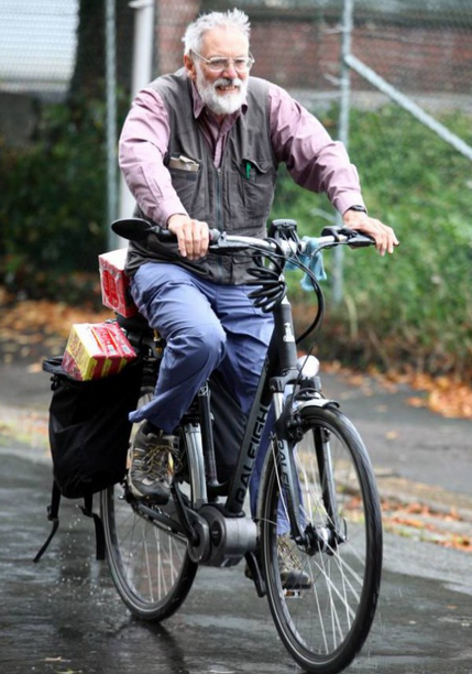 Man Cycles To France To Buy His Wife Her Favourite Coffee Screen Shot 2015 09 24 at 21.48.22