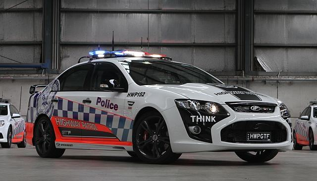 Australian Police Now Have A $450,000 McLaren 650s Supercar UNILAD Ford GTF8 640x366