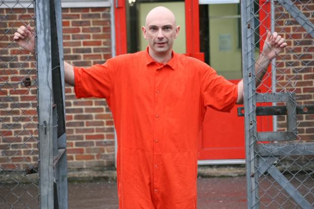 We Asked An Ex MDMA Trafficker To Explain How Pills Get From Underground Labs To Dancefloors UNILAD Shaun Attwood3 640x426