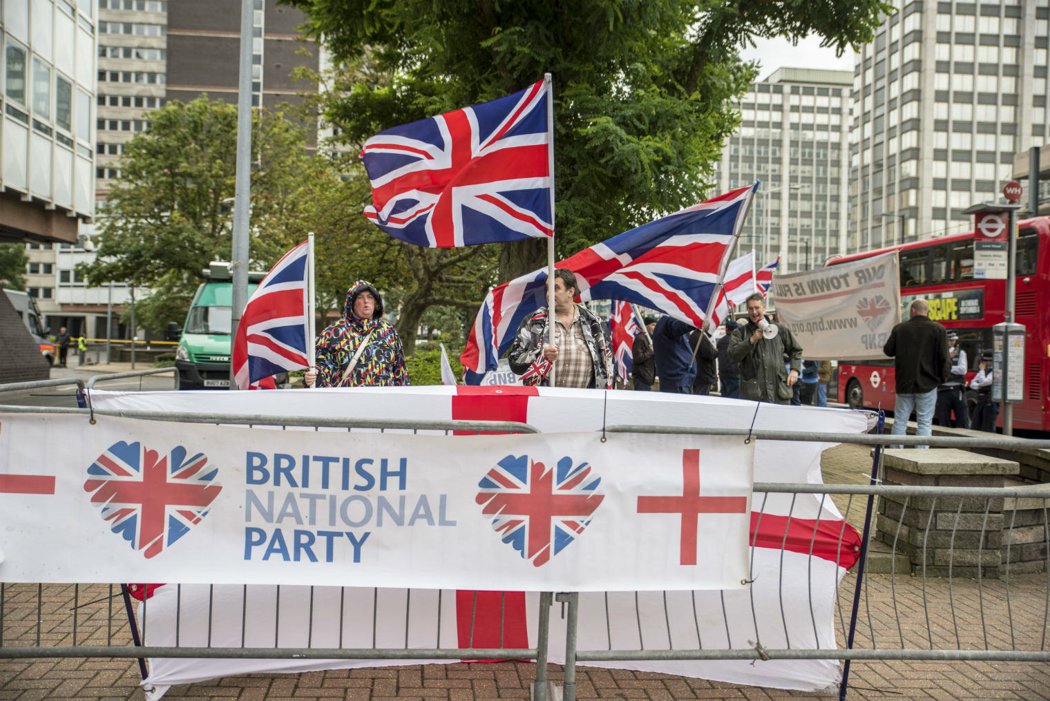 BNP Held A Rally In Croydon And Hardly Anyone Showed Up UNILAD bnp5