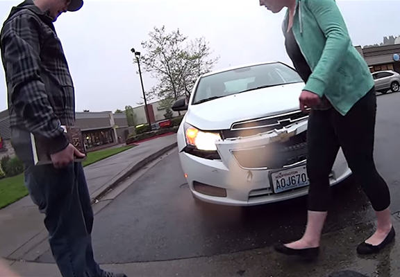 Woman Pulls Out Of Junction, Blames Guy For Totalling Her Car UNILAD car totaled WEB2
