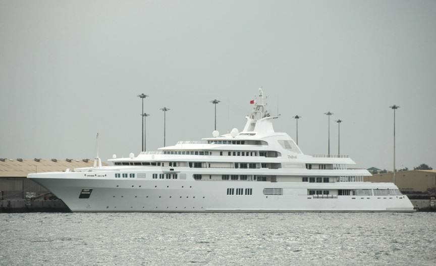 The Worlds Most Expensive Yachts And The Billionaires Who Own Them UNILAD dubai3