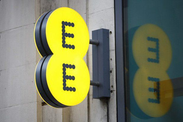 EE Sends Email To Customer Calling Him A F*cking C*nt UNILAD ee8