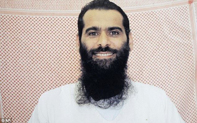 Guantanamo Prisoner Detained But Ready To Mingle Using Online Dating UNILAD gitmo17